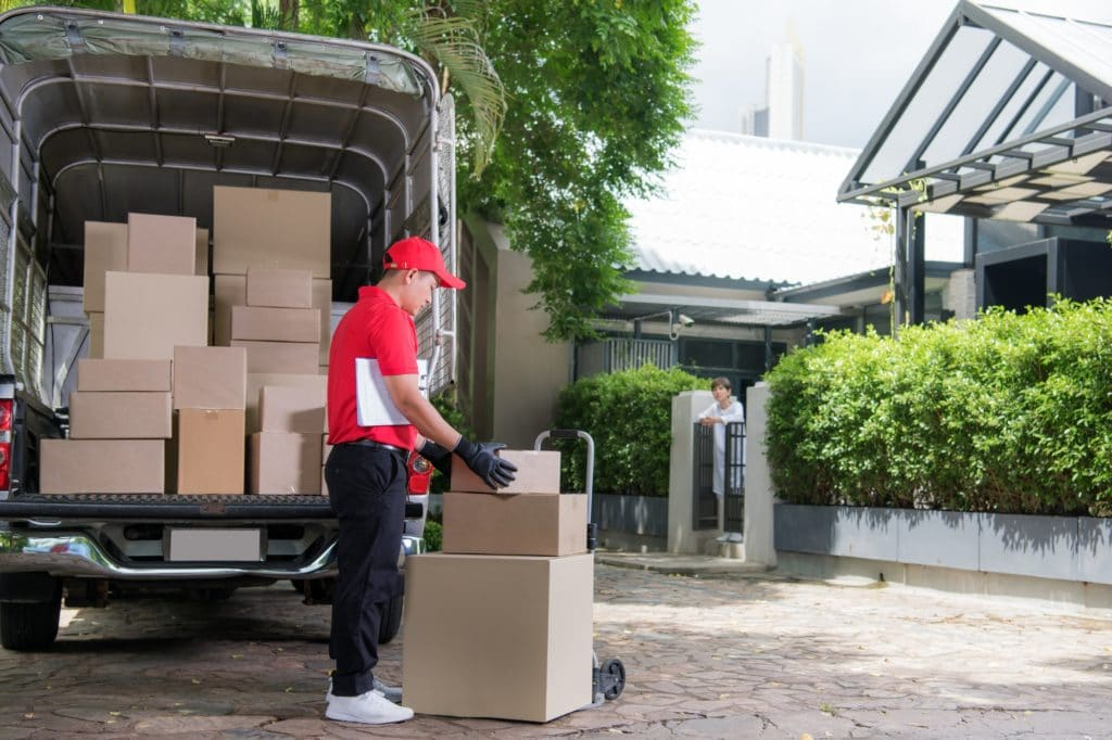 Delivery Man, Courier